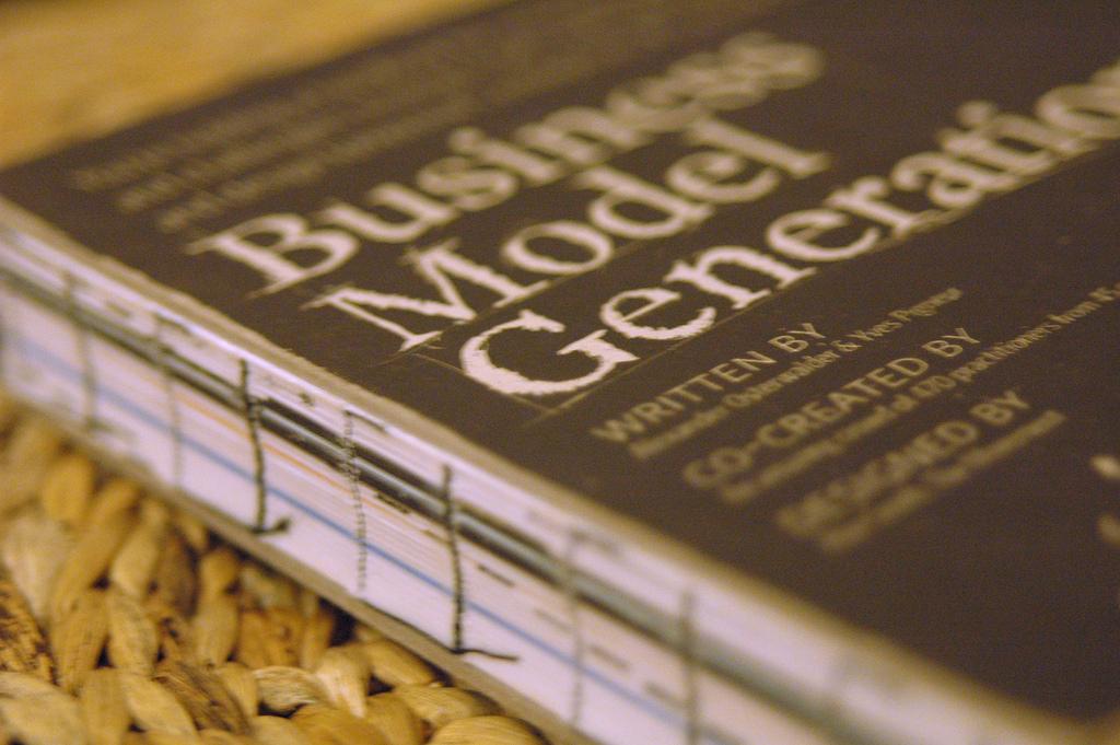 بوم مدل کسب و کار
